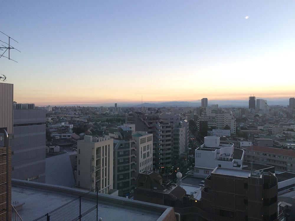 FLAMP1101 窓からの眺望