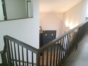 二階から見た玄関